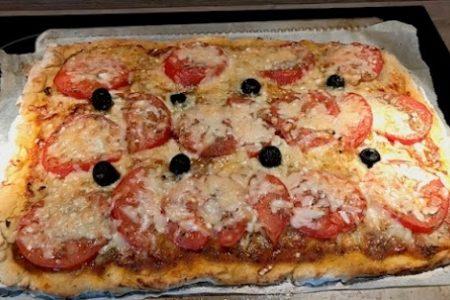 Pizza classique Italienne sans gluten sans lactose